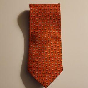 Alynn Pumpkins & Vines Tie